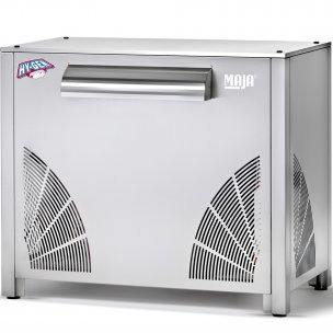 Flake ice machines SAH with integrated condensing unit (250 - 3.000 kg)